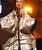 Christina_Aguilera_-_Performs_at_2019_American_Music_Awards_at_Microsoft_Theater_on_November_242C_2019-03.jpg