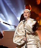 Christina_Aguilera_-_Performs_at_2019_American_Music_Awards_at_Microsoft_Theater_on_November_242C_2019-11.jpg