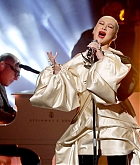 Christina_Aguilera_-_Performs_at_2019_American_Music_Awards_at_Microsoft_Theater_on_November_242C_2019-14.jpg