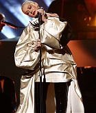 Christina_Aguilera_-_Performs_at_2019_American_Music_Awards_at_Microsoft_Theater_on_November_242C_2019-22.jpg