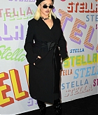 Christina_Aguilera_-_Stella_McCartney_Show_in_Hollywood2C_CA_on_January_16-05.jpg