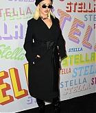 Christina_Aguilera_-_Stella_McCartney_Show_in_Hollywood2C_CA_on_January_16-05.jpg