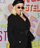 Christina_Aguilera_-_Stella_McCartney_Show_in_Hollywood2C_CA_on_January_16-10.jpg