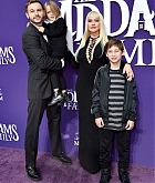 Christina_Aguilera_-_The_Addams_Family_Premiere__in_Los_Angeles_-_October_062C_2019-36.jpg