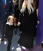 Christina_Aguilera_-_The_Addams_Family_Premiere__in_Los_Angeles_-_October_062C_2019-45.jpg