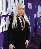 Christina_Aguilera_-_The_Addams_Family_Premiere__in_Los_Angeles_-_October_062C_2019-46.jpg