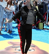 Christina_Aguilera_-__Emoji__Premiere_in_Los_Angeles_on_July_23-24.jpg