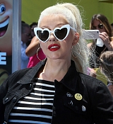 Christina_Aguilera_-__Emoji__Premiere_in_Los_Angeles_on_July_23-47.jpg