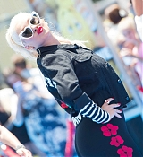 Christina_Aguilera_-__Emoji__Premiere_in_Los_Angeles_on_July_23-57.jpg