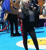 Christina_Aguilera_-__Emoji__Premiere_in_Los_Angeles_on_July_23-60.jpg