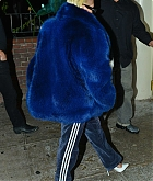 Christina_Aguilera_-_out_for_dinner_at_Delilah_restaurant_in_Hollywood_on_November_3-21.jpg