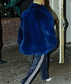 Christina_Aguilera_-_out_for_dinner_at_Delilah_restaurant_in_Hollywood_on_November_3-22.jpg