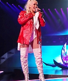 Christina_Aguilera_-_performing_for_a_New_Year_s_Eve_Performance_at_Zappos_Theatre_in_Las_Vegas2C_NV__12312019-07.jpg