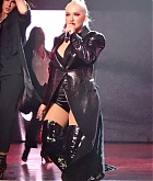 Christina_Aguilera_-_performing_for_a_New_Year_s_Eve_Performance_at_Zappos_Theatre_in_Las_Vegas2C_NV__12312019-18.jpg