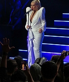 Christina_Aguilera_-_performs_at_the_Greek_Theater_in_Los_Angeles2C_26_October_2018-01.jpg
