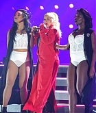 Christina_Aguilera_-_performs_at_the_Greek_Theater_in_Los_Angeles2C_26_October_2018-08.jpg
