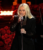 Christina_Aguilera_Performs_at_A_Celebration_of_Life_for_Kobe_and_Gianna_Bryant_-_February_24-08.jpg