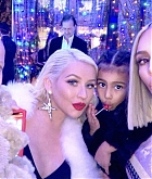 Kim_Kardashian_Christmas_Party_-_December_24-01.jpg