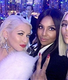 Kim_Kardashian_Christmas_Party_-_December_24-03.jpg
