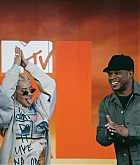 MTV_s_TRL_-_June_15-02.jpg